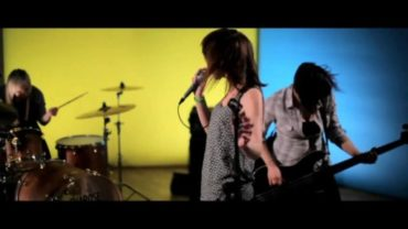 Evarose – 'Cough It Up' OFFICIAL VIDEO